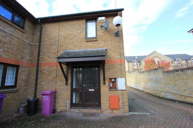Thumbnail Semi-detached house to rent in Vinegar Street, London