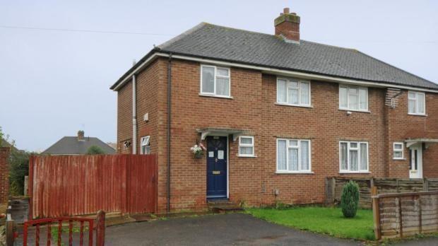 Thumbnail Semi-detached house to rent in Sandys Road, Basingtoke