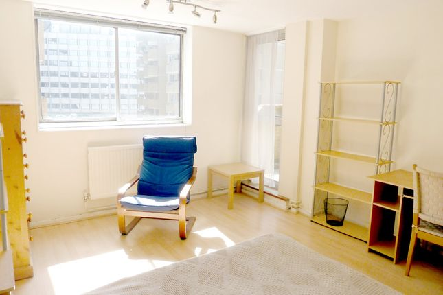 Thumbnail Flat to rent in Greville Street, Chancery Lane Ec1