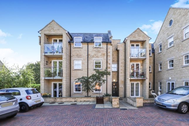 Thumbnail Flat to rent in Woodstock Road, Witney