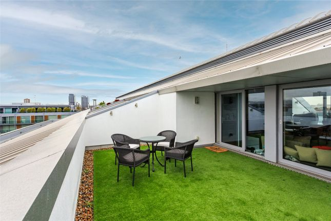 Thumbnail Flat for sale in Eaststand Apartments, Highbury Stadium Square, London