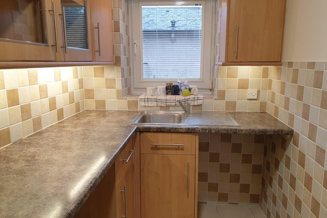 1 bed flat to rent in Gwern Avenue, Senghenydd, Caerphilly CF83