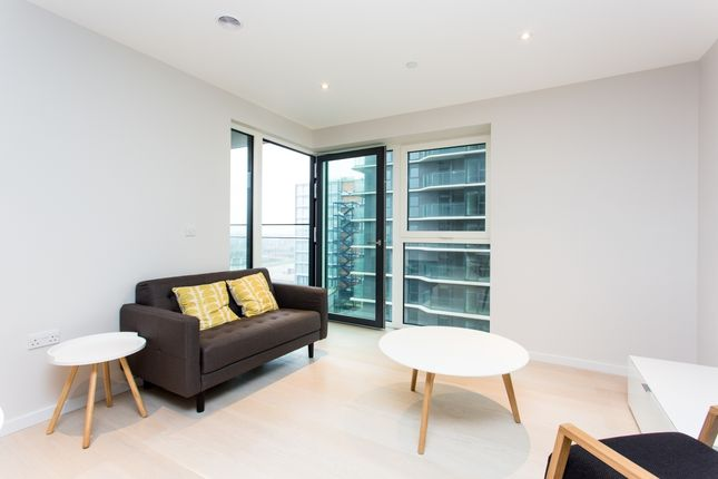 Thumbnail Flat to rent in Glasshosue Gardens, Cassia Point, Stratford