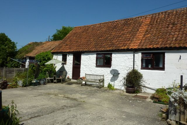 Thumbnail Barn conversion to rent in Cucklington, Wincanton
