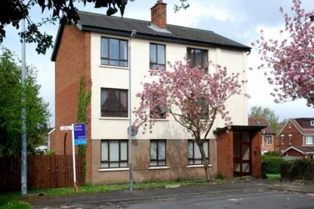Thumbnail Flat to rent in Moatview Crescent, Dundonald, Belfast