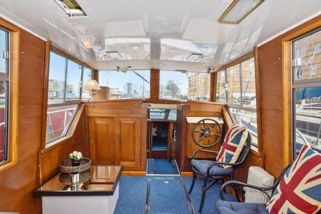 Thumbnail Houseboat to rent in Rope Street, Surrey Quays