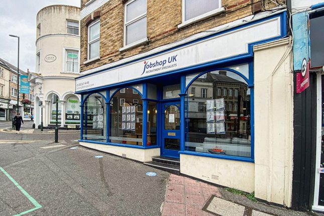 Thumbnail Retail premises to let in 1 The Triangle, Bournemouth