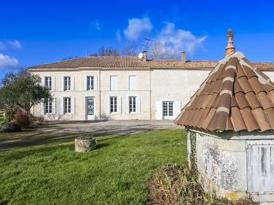 5 bed property for sale in Nieul-Le-Virouil, Charente-Maritime, France