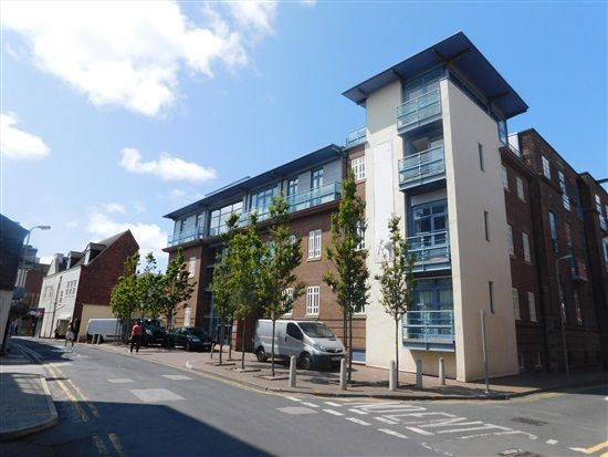 Thumbnail Flat to rent in Post Office Avenue, Southport