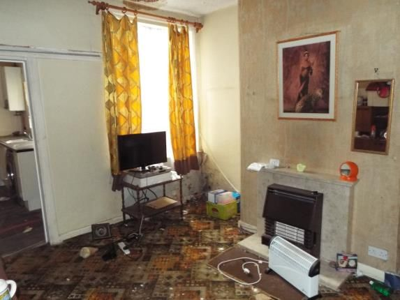 Lounge of Haydn Avenue, Manchester, Greater Manchester, Uk M14