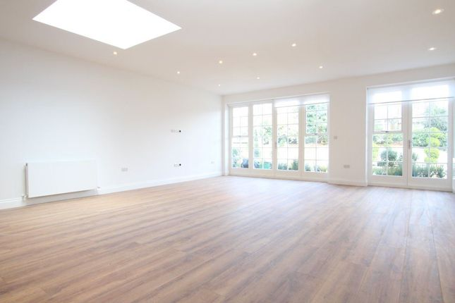 Thumbnail Flat to rent in Queens Avenue, Muswell Hill