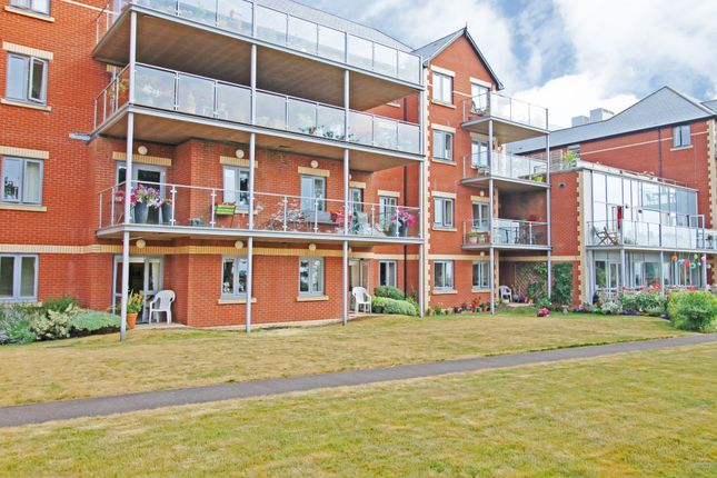 Thumbnail Flat for sale in Douglas Avenue, Exmouth