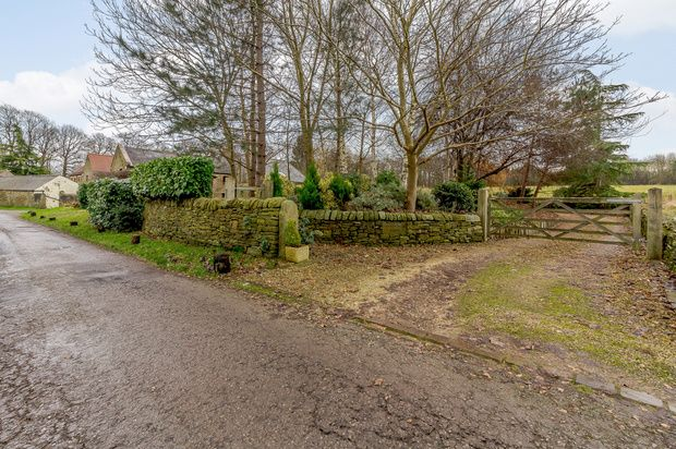 Thumbnail Detached house for sale in Balmoak Lane, Chesterfield