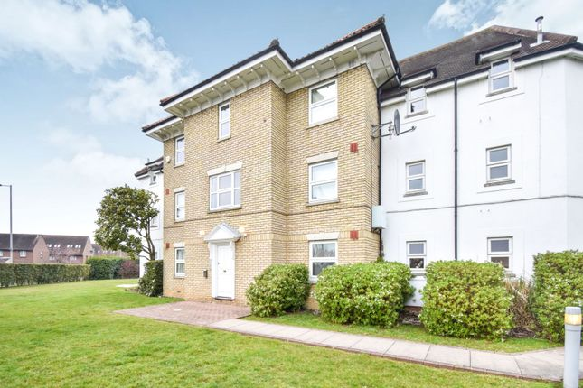 Thumbnail Flat for sale in Tallow Gate, Chelmsford