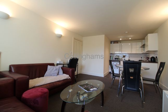 Thumbnail 1 bed flat to rent in Robinson Road, Colliers Wood