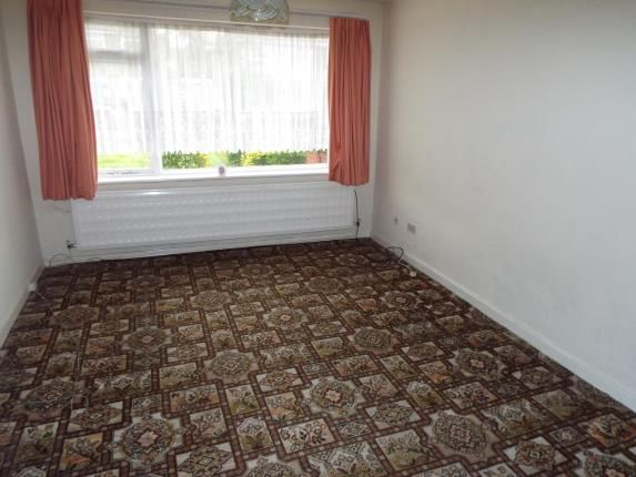 Picture No.15 of Sutherland Drive, Wirral, Merseyside CH62