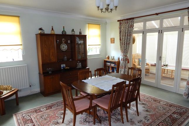 Dining Room of Huntington Close, West Cross, Swansea SA3