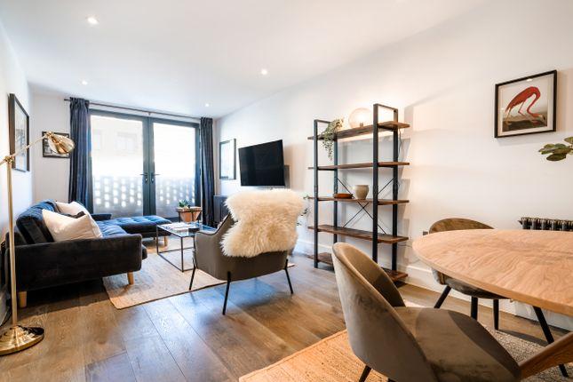 Thumbnail Flat to rent in 10-11 King's Mews, Bloomsbury