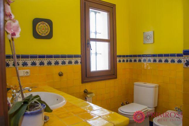 Bathroom of Duquesa Villas, Duquesa, Manilva, Málaga, Andalusia, Spain