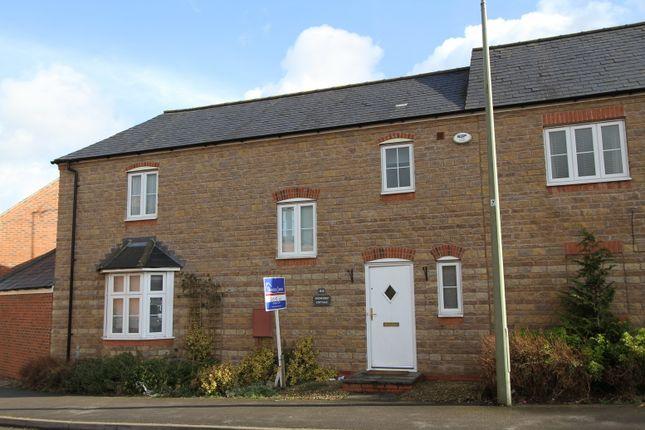 Thumbnail Flat to rent in Winter Gardens Way, Banbury