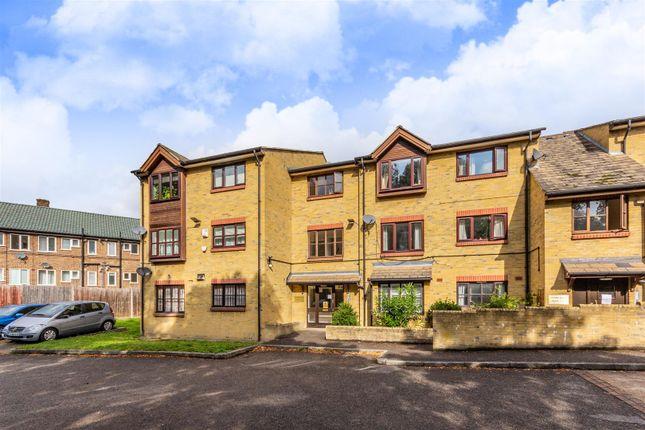 Thumbnail Flat to rent in Hardel Rise, London