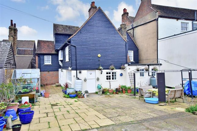 Thumbnail Property for sale in High Street, Rochester, Kent
