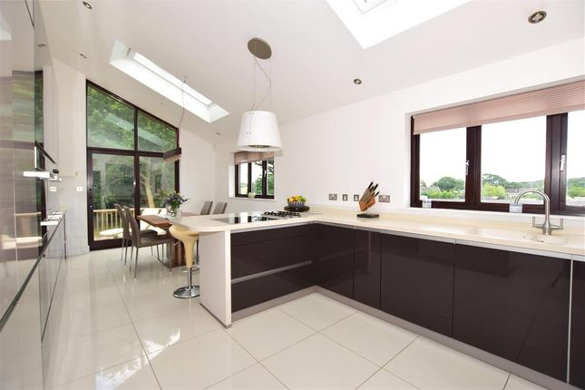 Thumbnail Bungalow for sale in Whitehouse Cross, Porchfield, Newport, Isle Of Wight