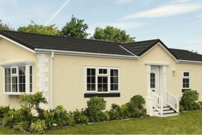2 bed mobile/park home for sale in Hampton Loade Park Homes, Hampton Loade, Bridgnorth WV15