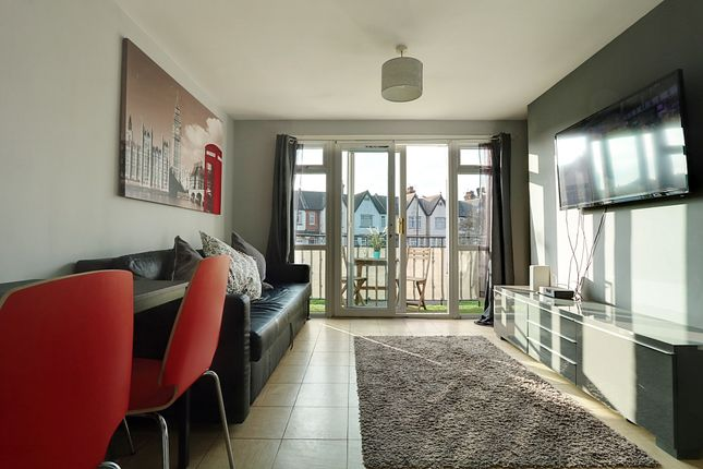 1 bed flat for sale in Christchurch Court, Southchurch Road, Southend-On-Sea SS1