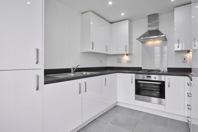 3 bedroom semi-detached house for sale in Havill Crescent, Bloxham