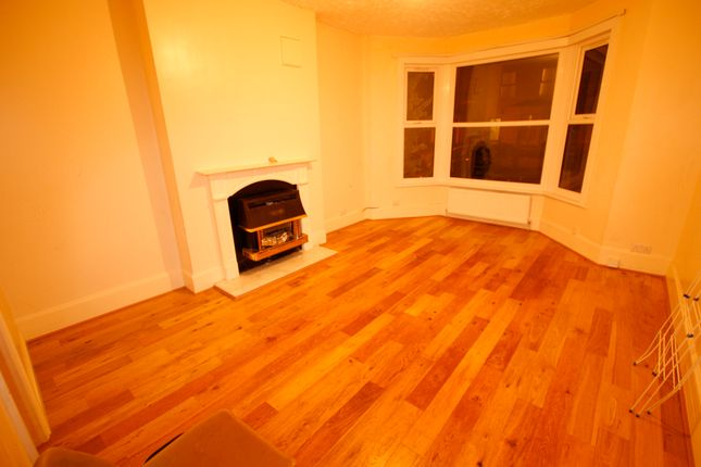 Thumbnail Duplex to rent in Waveley Road, London