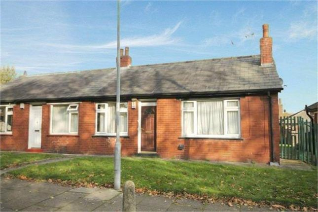 Thumbnail Bungalow to rent in Beatrice Street, Farnworth