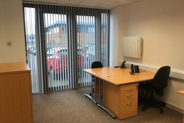 Office to let in Swindon, Wiltshire, Royal Wootton Bassett|Swindon