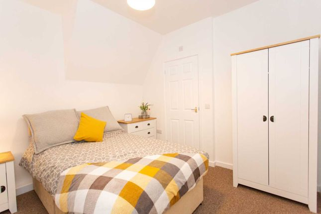 Thumbnail Room to rent in The Hill, Kirkby-In-Ashfield, Nottingham