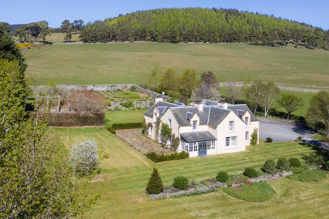 Thumbnail Detached house for sale in Peebles