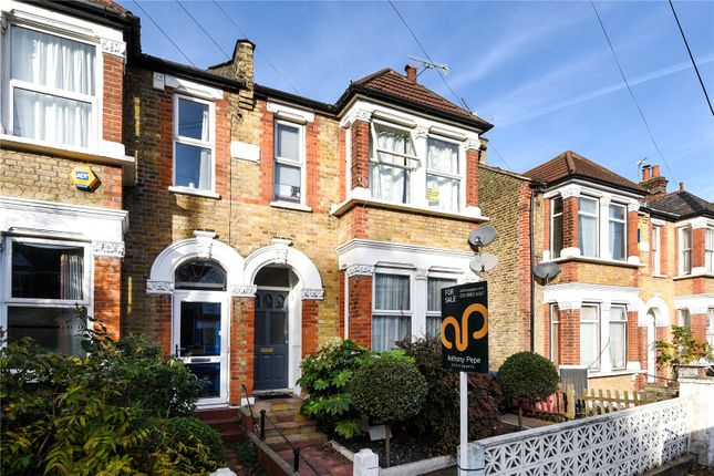Thumbnail Flat for sale in Warwick Road, Bounds Green, London