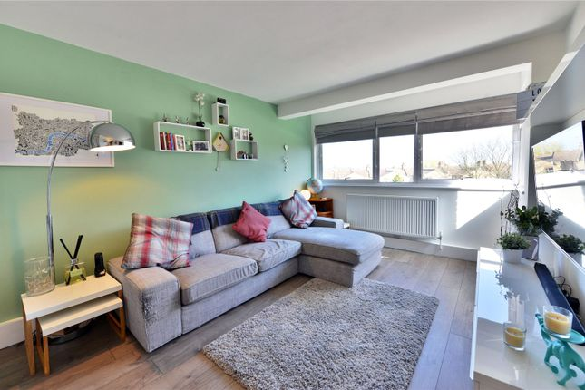 Thumbnail Flat for sale in Maidstone Road, Bounds Green, London