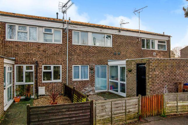 3 bed terraced house to rent in Warren Close, Brandon IP27