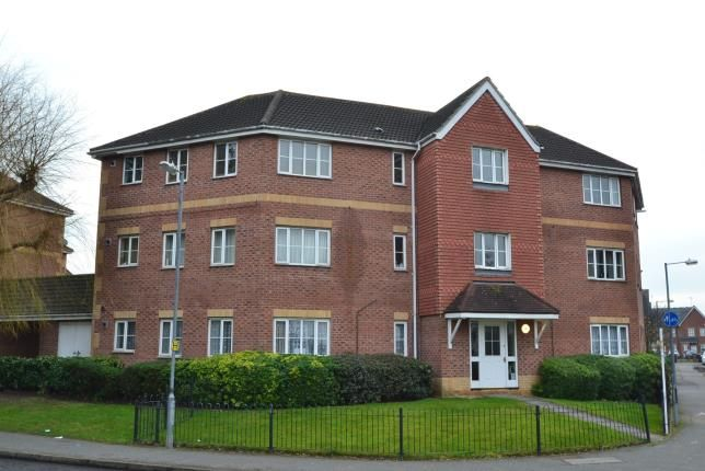 2 bed flat for sale in Chelmsford, Essex