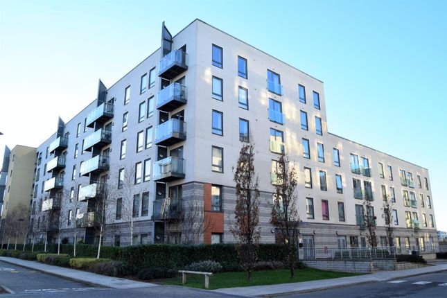Flat for sale in Ocean Drive, Gillingham