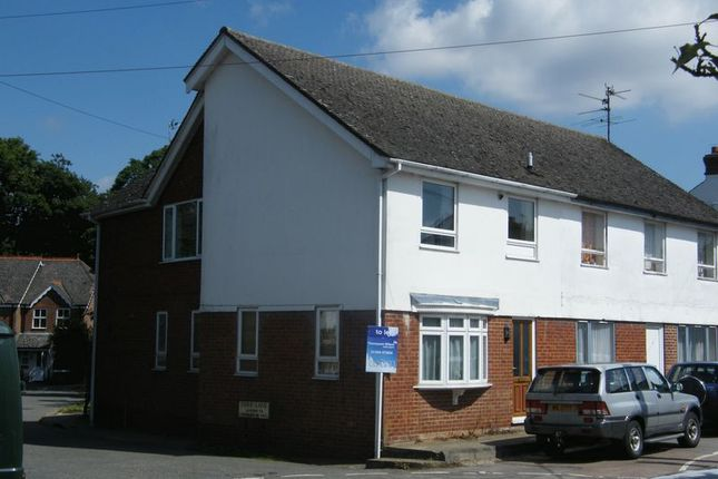Thumbnail Flat to rent in Park Lane, Stokenchurch, High Wycombe