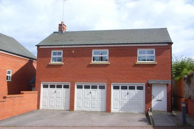 Thumbnail Flat to rent in Newbold Close, Lichfield