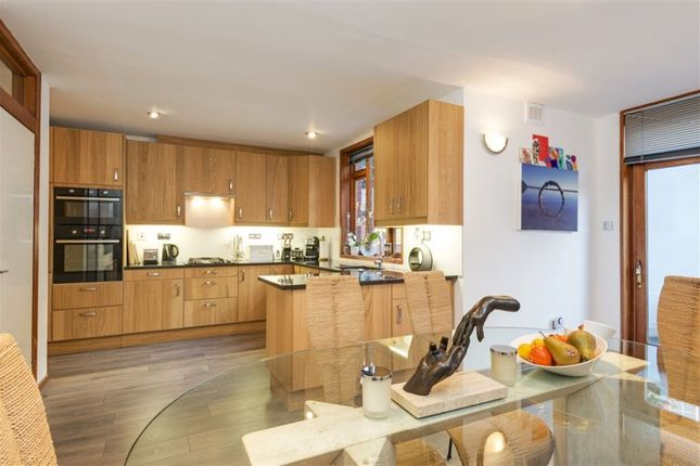 Property to rent in Castellain Road, Maida Vale