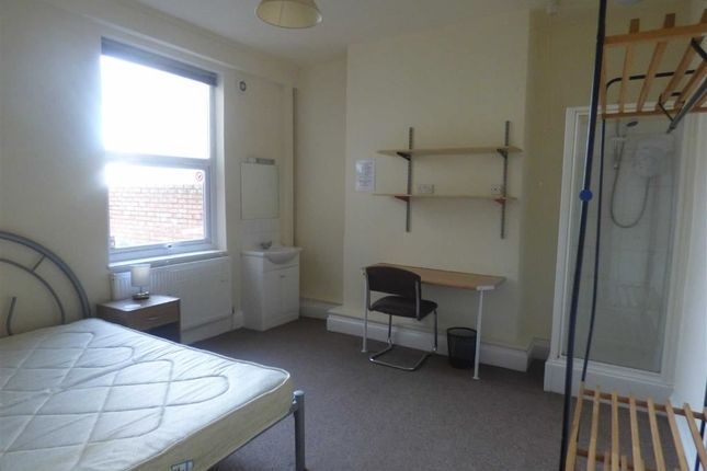 Thumbnail Property to rent in Lea Road, Wolverhampton
