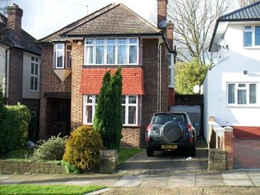 Thumbnail Semi-detached house to rent in Arnos Grove, London