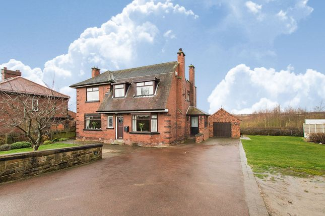 Detached house for sale in Rein Road, Tingley, Wakefield, West Yorkshire