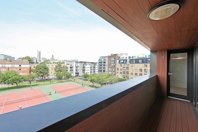 Thumbnail Flat to rent in The Hub, Bell Yard Mews, London