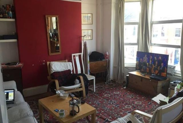 Thumbnail Flat to rent in Ashmere Grove, London