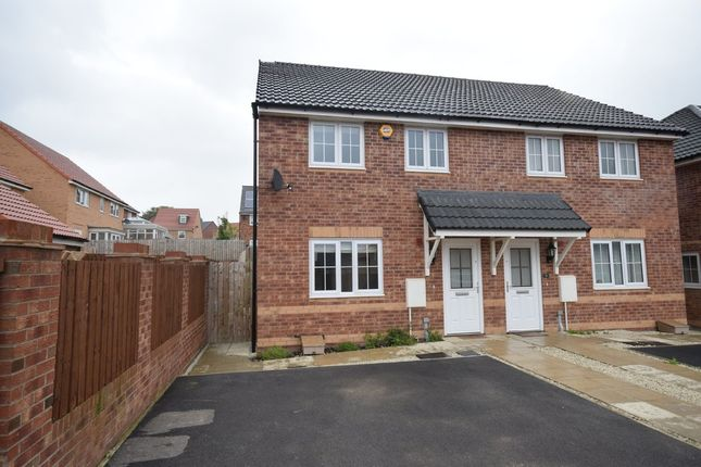 Thumbnail Semi-detached house to rent in Poppyfields View, Pontefract