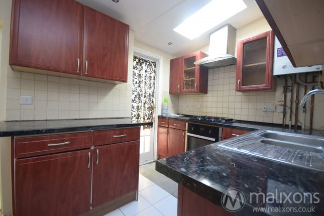 Thumbnail Terraced house to rent in Holmesdale Road, Croydon